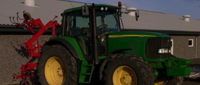 Traktor jd 6820 150 hk: 350 kr/t m/mand